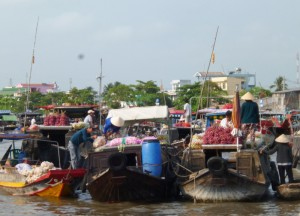 floating-market-can-tho